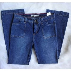 NWT - Vintage Tommy Hilfiger Luy-Luy Flare Jeans